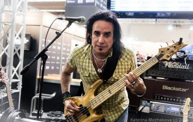 Марко Мендоса (экс-Thin Lizzy, Whitesnake): Шестиструнный единорог