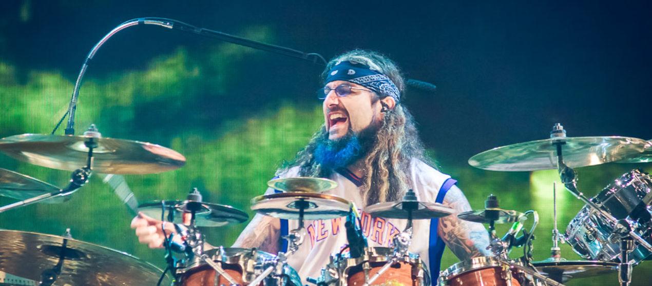 Mike Portnoy's Shattered Fortress: Алкогольная независимость